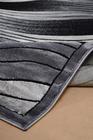 Nowoczesny dywan Romans 2114 GRAPHITE. Szary kolor i odcienie grafitu podkreślą charakter Twojego pomieszczenia. Profesjonalne wykonanie oraz wysoka jakość, gwarantują długie użytkowanie produktu.