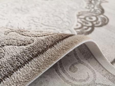 Nowoczesny dywan Dizayn 7417 BEIGE. Brązowo beżowe barwy i regularny wzór podkreślą charakter Twojego pomieszczenia. Profesjonalne wykonanie oraz wysoka jakość, gwarantują długie użytkowanie produktu.