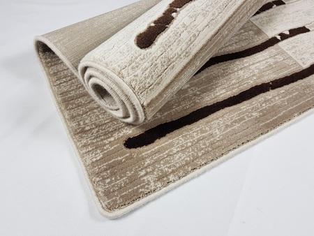 Nowoczesny akrylowy dywan Viva Acrylic 03357K L.BEIGE. Odcienie beżu i brązu oraz subtelny wzór podkreślą charakter Twojego pomieszczenia. Profesjonalne wykonanie oraz wysoka jakość, gwarantują długie użytkowanie produktu.