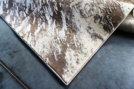 Nowoczesny dywan Zara 9632 BEIGE. Dywan w stylu Vintage. Profesjonalne wykonanie oraz wysoka jakość, gwarantują długie użytkowanie produktu.