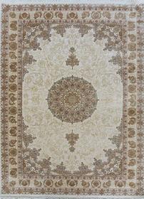 Puszysty dywan CREANTE 19084 BEIGE. Niesymetryczne kształty w odcieniach beżu i złota podkreślą charakter Twojego pomieszczenia. Dywan w stylu Vintage. Profesjonalne wykonanie oraz wysoka jakość wiskozy, gwarantują długie użytkowanie produktu.