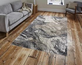 Puszysty dywan MARVEL 7601 BEIGE. Niesymetryczne kształty w odcieniach beżu, szarości i złota podkreślą charakter Twojego pomieszczenia. Dywan w nowoczesnym stylu. Profesjonalne wykonanie oraz wysoka jakość włóczki, gwarantują długie użytkowanie produktu.
