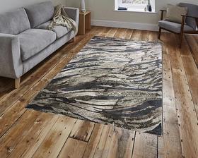 Puszysty dywan MARVEL 7603 BEIGE. Niesymetryczne kształty w odcieniach beżu, szarości i złota podkreślą charakter Twojego pomieszczenia. Dywan w nowoczesnym stylu. Profesjonalne wykonanie oraz wysoka jakość włóczki, gwarantują długie użytkowanie produktu.